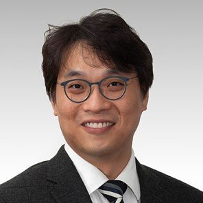 Dr Sam Park